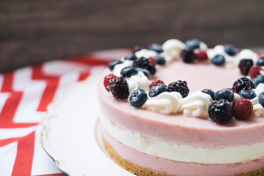 Strawberry Coconut No Bake Cheesecake – Soul Pastry